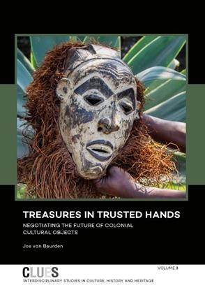 Afbeeldingen van CLUES Treasures in trusted hands